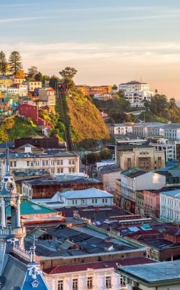Visite des villes de Santiago, de Punta Arenas et de Valparaiso