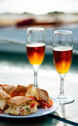 Dégustation de vin marsala et de produits du terroir à Castelbuono