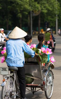 Balade en cyclo-pousse dans le vieux quartier d'Hanoi