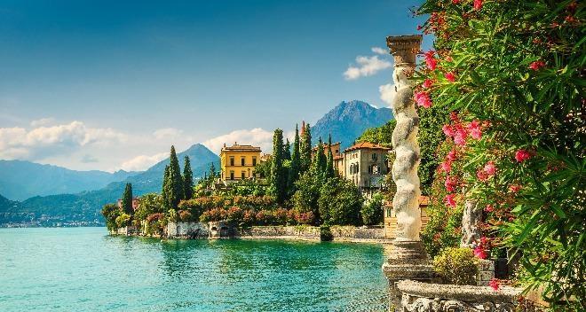 Magnificence des lacs italiens